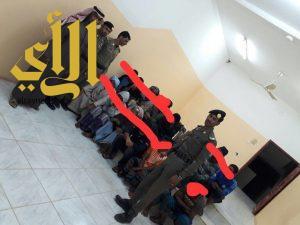 حملة أمنية بشرطة محافظة طبرجل لتعقب وضبط مخالفي أنظمة الاقامة والعمل وامن الحدود