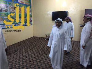 """""""الحربي"""" يفاجيء منسوبي جمعية البر الخيرية بأحد المسارحة بزيارة تفقدية"""