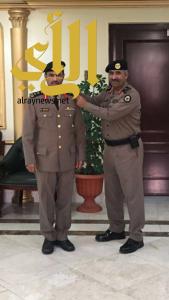 """مدير شرطة عسير يقلّد مدير شرطة طريب رتبة """"عقيد"""""""