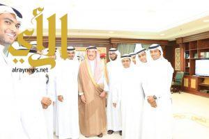 أمير جازان يستقبل وفداً من مجلس الجمهور النصراوي