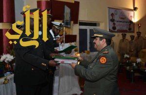 المقدم ركن سيف آل خاطر يحصل على الماجستير بالعلوم العسكرية