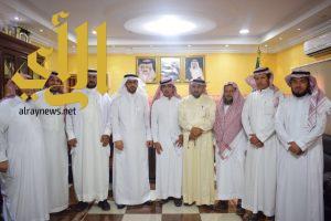 محافظ الداير يعتمد «فريق طَور» مواكبة لرؤية المملكة 2030