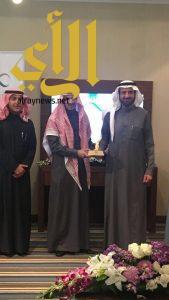 وزير الصحة يكرم مركز صحي الوشحاء بالطائف