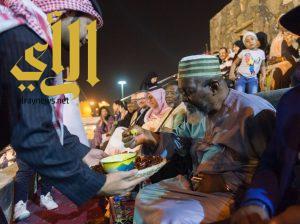 """""""بالموز والكادي والريحان"""" تستقبل قرية الباحة التراثية ضيوفها"""