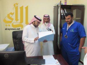 مدير إدارة الطب المنزلي بصحة جازان يقوم بزيارة للفرق الطبية الميدانية لمستشفى بيش والدرب العام
