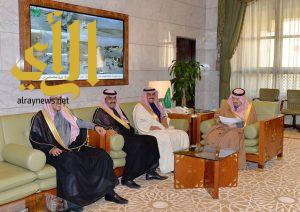 أمير منطقة الرياض يثمن مشاريع خدمة المجتمع الخيرية التي تكفل بها الشيخ إبراهيم العجلان