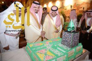 أمير عسير وسمو نائبه يشرفان حفل قرية بن حمسان التراثية بمناسبة اليوم الوطني