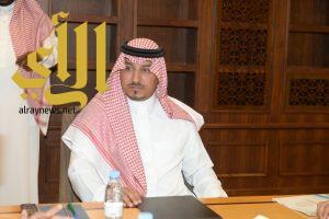نائب أمير منطقة عسير يطلع على مشروع الاقتصاد البحري وتطوير ساحل منطقة عسير