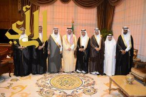 أمير عسير يستقبل رئيس الهيئة العامة للأرصاد وحماية البيئة
