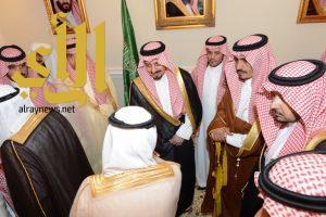 أمير عسير يلتقي أصحاب المعالي والفضيلة ومديري الإدارات الحكومية