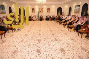 أمير عسير يلتقي أصحاب الفضيلة ومديري الإدارات الحكومية بالمنطقة
