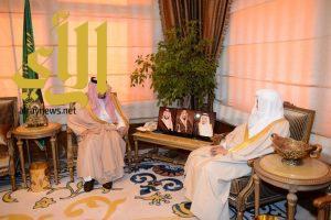 أمير عسير يستقبل معالي الشيخ عبدالله التركي