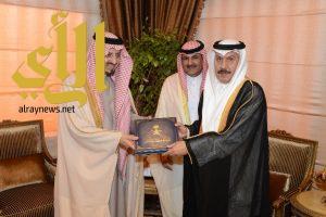 أمير عسير يستقبل القنصل العام لدولة الكويت