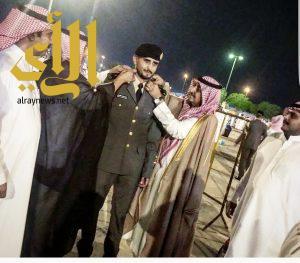 الملازم عايض آل حيدان يحتفل بتخرجه من الكلية الأمنية