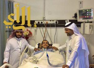 جراحة ناجحة لمريض عشريني تغنيه عن جهاز التنفس الصناعي بمستشفى عسير المركزي