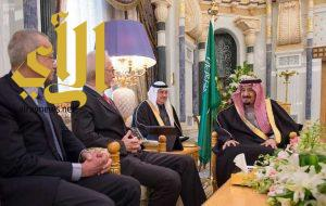 خادم الحرمين يستقبل منسق مكافحة الإرهاب في الاتحاد الأوروبي