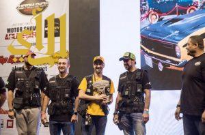 """"""" الزريق """" يحصد جائزة أفضل سيارة تم إعادة بنائها في """"""""كستم شو الإمارات"""""""