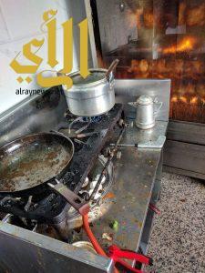 بلدية تاروت: زيارة 200 محل واتلاف 150 كجم مواد غذائية غير صالحة للاستهلاك الآدمي