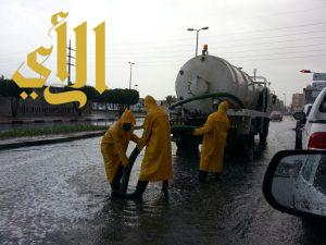 بلدية الجبيل تسحب 500 ألف متر مكعب من الأمطار