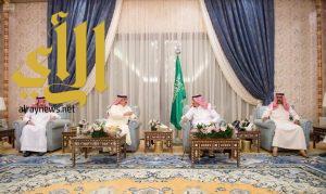 الملك سلمان يستقبل ملك البحرين وممثلي قادة دول مجلس التعاون الخليجي