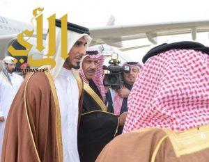 الشيخ جاسم بن حمد آل ثاني يصل الرياض