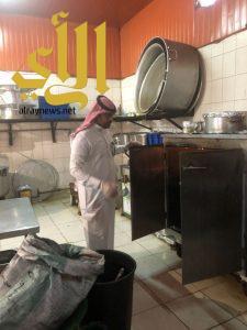 بلدية الخفجي : زيارة 85 منشأة غذائية خلال الأسبوع الثاني لحملة غذاؤكم أمانة