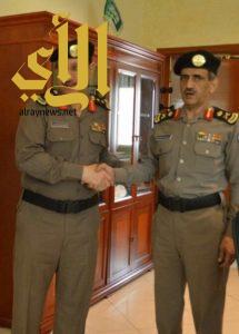 قائد القوات الخاصة لأمن الطرق يقلد العصيمي رتبة عقيد