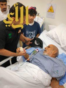 أعضاء هايكنج السعودية بالباحة يعايدون مرضى مستشفى المخواه العام