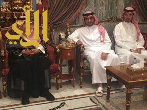 الأمير فيصل بن بندر يعزي أسرة البلطان