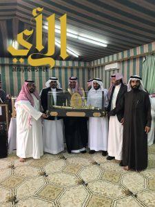 بلدية محافظة الحرجة تودع وتكرم بعض منسوبيها