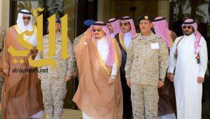 أمير منطقة الرياض يرعى حفل تخريج دورة الحرب التاسعة ودورة القيادة والأركان (44)