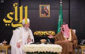 الملك سلمان يستقبل المفتي الأعلى لمسلمي روسيا