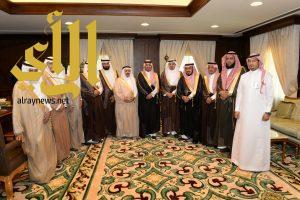 نائب أمير عسير يستقبل مدير التربية والتعليم بالمنطقة