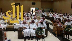 مدرسة سعد بن معاذ الابتدائية وتحفيظ القرآن الكريم تكرم معلميها المتقاعدين