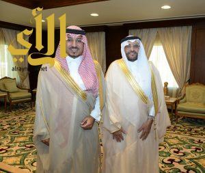منصور بن مقرن يستقبل نائب وزير الخدمة المدنية