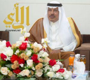 أمير منطقة الباحة يتفقد مشروع إسكان ناوان