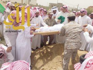 أحد رفيدة تشيع جثمان الشهيد لاحق الشواطي