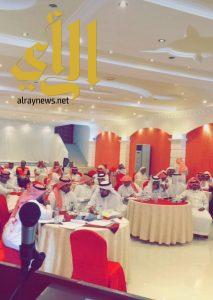 مدير هلال عسير يجتمع بمدراء المراكز الإسعافية بالمنطقة