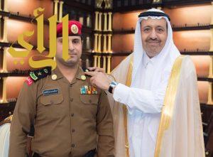 أمير الباحة يقلد الغامدي رتبته الجديدة مقدم