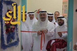 معالي مدير جامعة الباحة يفتتح معرض التربية الفنية ويعده بصمة إبداعية في صفحة الفن