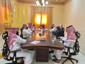 مدير مكتب المساجد والدعوة والارشاد بالحرجة يعقد الاجتماع الدوري