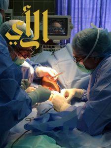 مستشفى فيفا العام يستضيف طبيبا زائرا لتركيب وصلات وريدية لمرضى الغسيل الكلوي