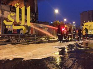 مدني المدينة يخمد حريق في مركز تجاري