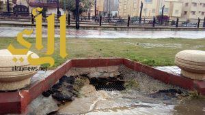 أمانة عسير: نزح 612 متر مكعب و 50 معدة لمعالجة تجمعات المياه