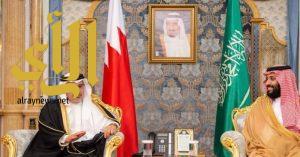 ولي العهد يلتقي ولي عهد مملكة البحرين