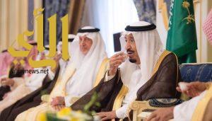 خادم الحرمين الشريفين يستقبل الأمراء والعلماء وأصحاب المعالي وجمعاً من المواطنين