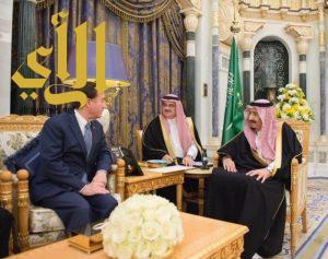 الملك سلمان يستقبل رئيس لجنة الشؤون الخارجية في مجلس النواب الأمريكي